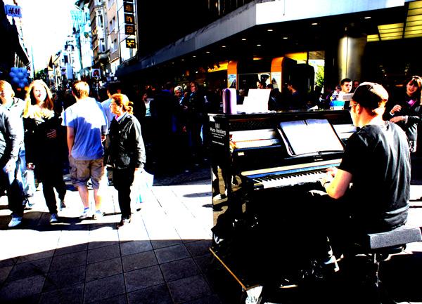 Klavier in Dortmunder Innenstadt