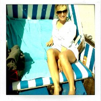 Mia im Strandkorb
