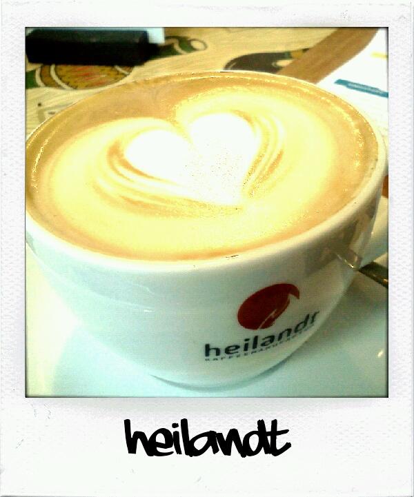 Cappuccino aus dem Cafe Heilandt in Köln