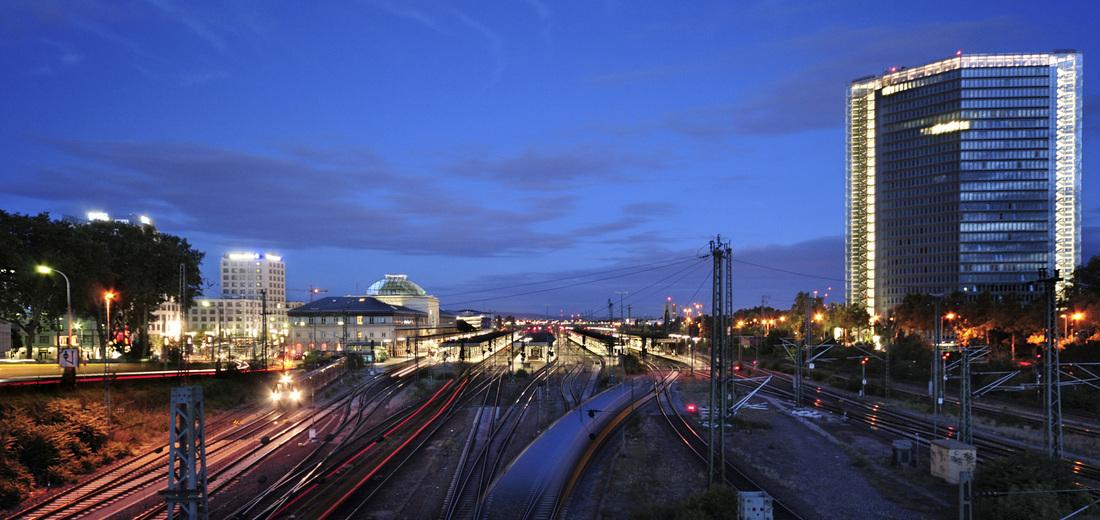 Bahnhof Mannheim von Alessandro Tortora