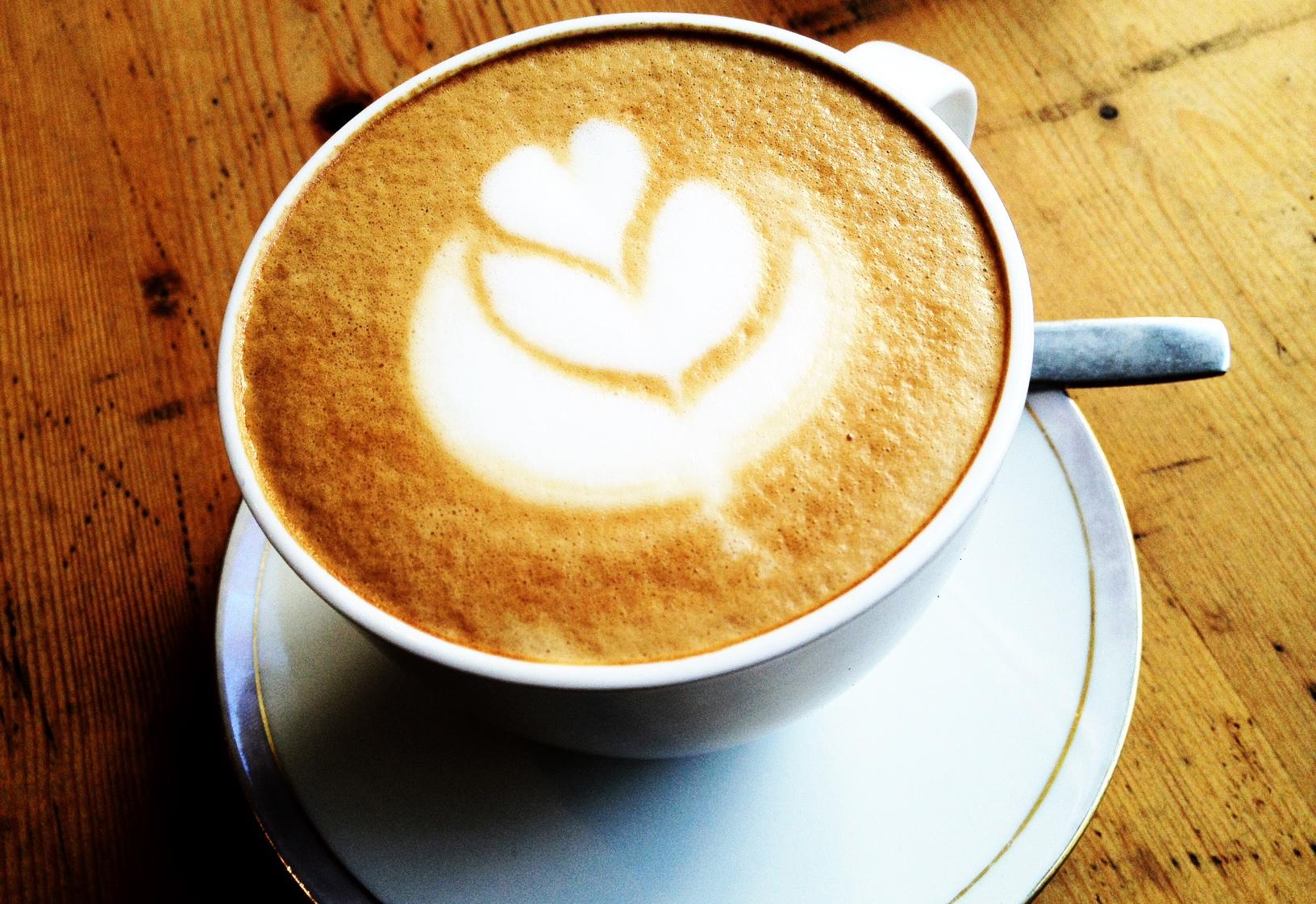 Cappuccino deluxe in der Tarterie St. Pauli
