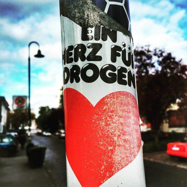 Ein Herz für Drogen